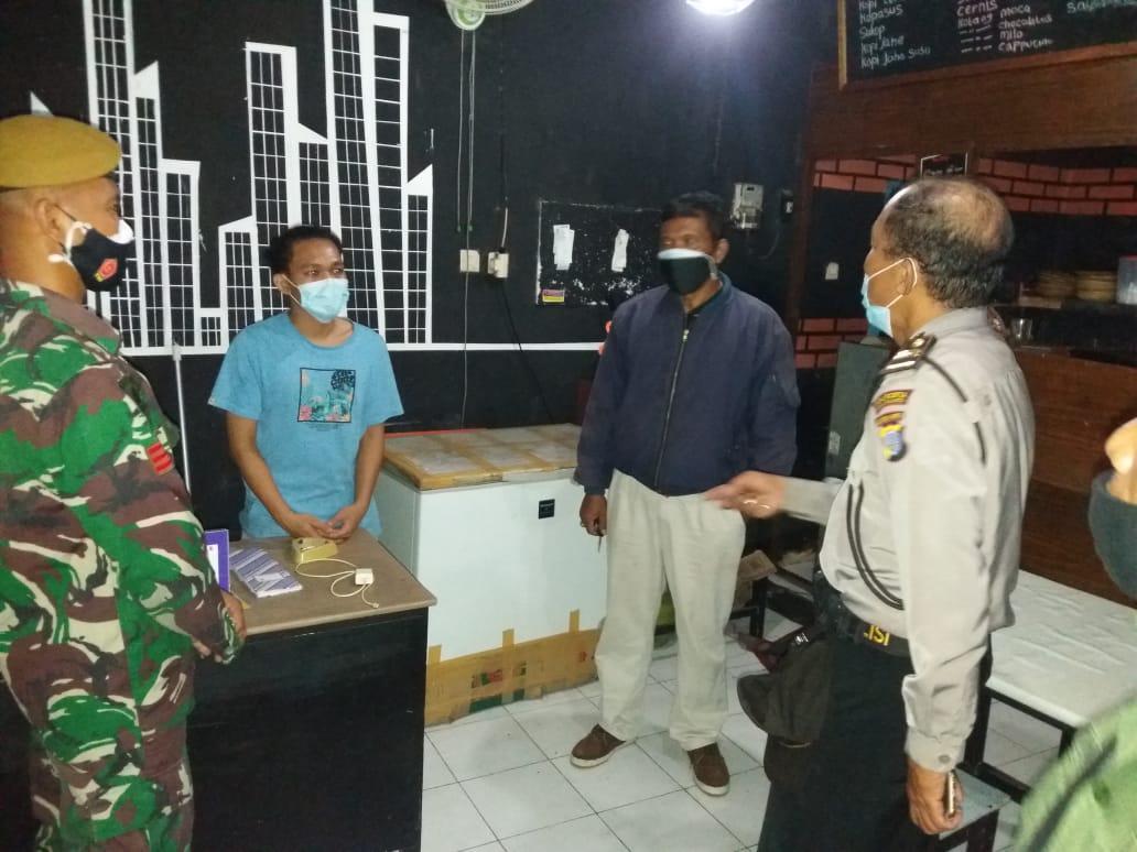 Penerapan PPKM Darurat di Kelurahan Baciro, Mari Kita Saling Jaga, Bersama Kita Bisa Lawan Covid-19